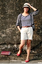 black thrifted shirt - black thrifted cardigan - beige Zara shorts - brown giord