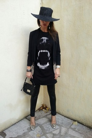 black Hat Attack hat - black Naf Naf leggings - black Marc Jacobs bag