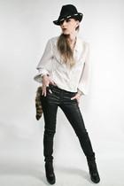 white vintage blouse - black j brand  duarte jeans - sam edelman boots - vintage