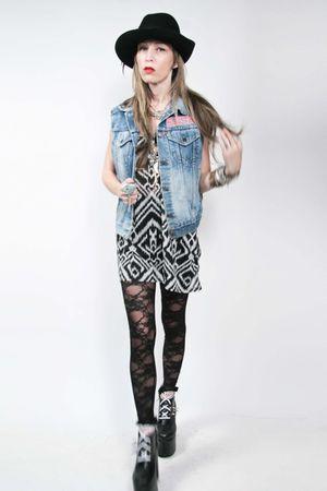 Levi Strauss vest - Zara dress - American Apparel leggings - DIY