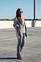 gray jeans - cardigan - camo t-shirt