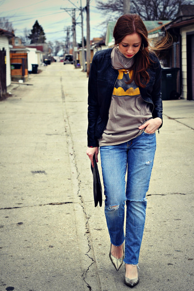 t-shirt - jeans - jacket