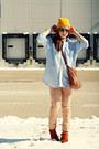 Jeans-hat-shirt