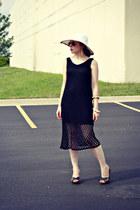 hat - dress