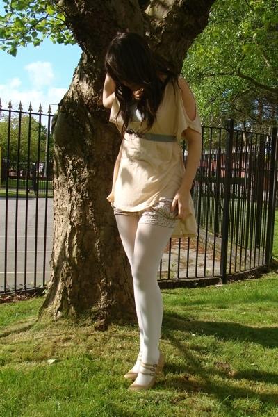 Topshop top - belt - asos tights - Topshop shorts - new look shoes