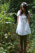 white lace vintage dress - brown suede bow Topshop boots