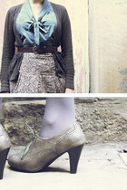 Thrift Store belt - London Rebel shoes - Primark tights - Thrift Store cardigan