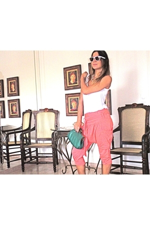 le lis blanc blouse - Farm pants - Oakley sunglasses - lucia vilella purse
