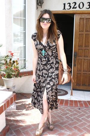vintage dress - Jeffrey Campbell shoes - Aldo purse - Gucci sunglasses - f21 nec