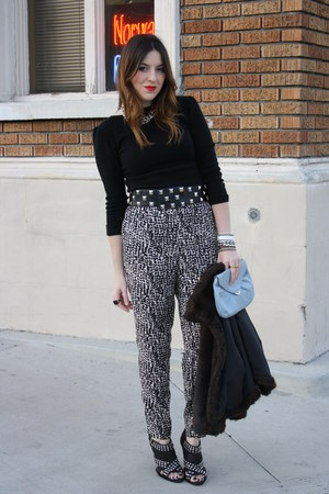 Bebe sweater - H&M pants - Zara shoes - f21 belt - vintage purse