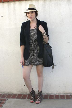 H&M& dress - Zara blazer - Deena & Ozzy via UO shoes - f21 purse