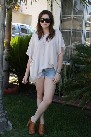 tillys very old shorts - charli-c clogs Jeffrey Campbell shoes