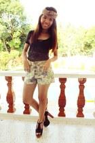 cream floral print from bangkok shorts - black heels - black lace Bayo blouse