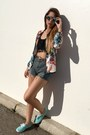 White-bomber-dresslink-jacket-blue-denim-shorts-dresslink-shorts