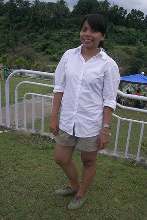 army green oxford shoes - light brown Mango shorts - white mens polo Mexx top