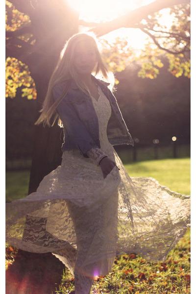 off white lace vintage dress