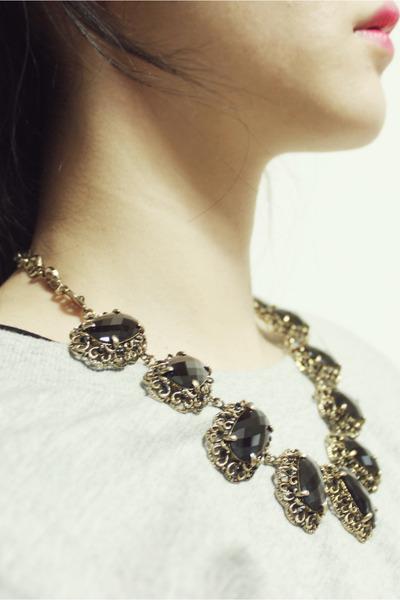 ARTFIT necklace