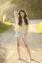 cream ellysage sweater - gold body chain 2020AVE accessories