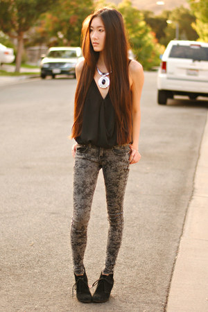 silver pendant romwe necklace - cloudy jeggings 2020AVE pants