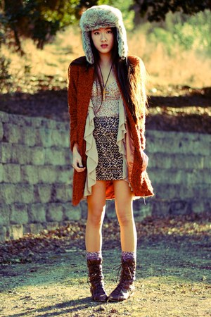 fur H&amp;M hat - wooly Piko 1988 coat - ruffled H&amp;M vest