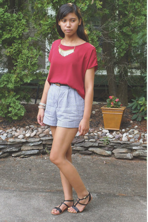 heather gray thrifted shorts - ruby red Forever21 top