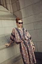 thrifted vintage dress - black sunglasses