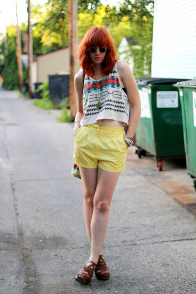 Mighty Swell Vintage bag - yellow high-waisted thrifted vintage shorts - brown H