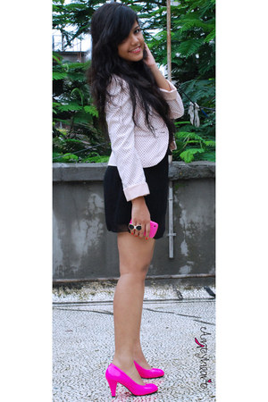 dark khaki star Globus necklace - black lbd bangkok dress