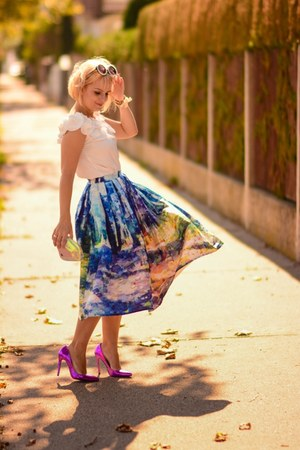 blue Chicwish skirt - off white Chicwish blouse
