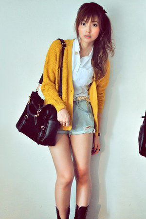 black bag - light blue shorts - white top - mustard cardigan