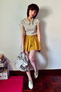Dark-gray-shirt-mustard-skirt-cream-shirt-silver-bag