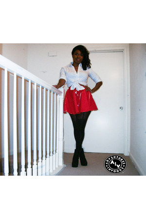 red vinyl Self Made skirt