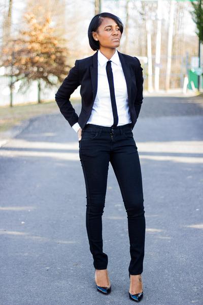 black H&M jeans - black H&M blazer - black Christian Louboutin heels