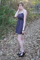 navy bow print Forever 21 dress - black Forever 21 clogs - light pink Urban Outf