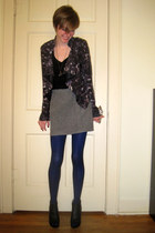 heather gray thrifted vintage shirt - black sheer Target tights - blue unknown t