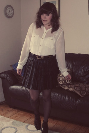 Primark skirt - new look blouse - thrifted belt