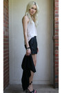 Black-leather-gianni-bini-shorts-beige-tank-bcbg-top-black-forever-21-vest