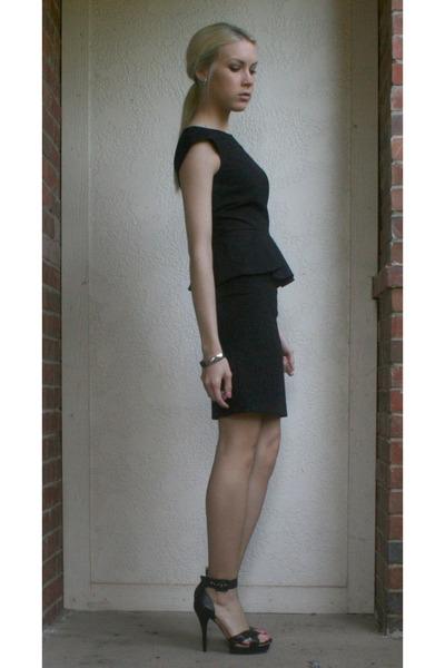 Black Peplum Gianni Bini Dresses Black Bcbg Sandals Black Peplum