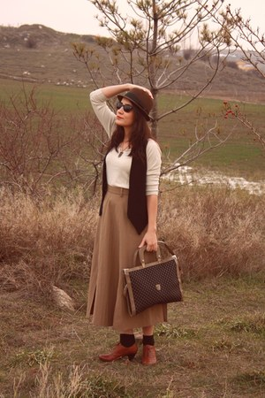 olive green H&M hat - dark khaki vintage Gucci bag - cream Zara blouse - bronze