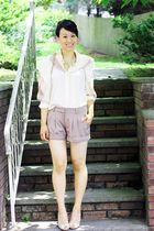 pink vintage blouse - beige Valentino shoes - beige alex lane shorts