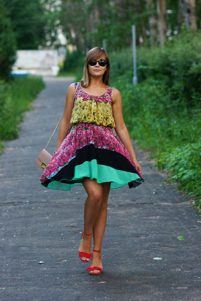 rainbow Love dress - red Stradivarius shoes