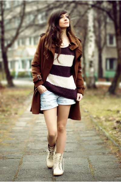 dark brown coffee romwe coat - sky blue jeans Zara shorts