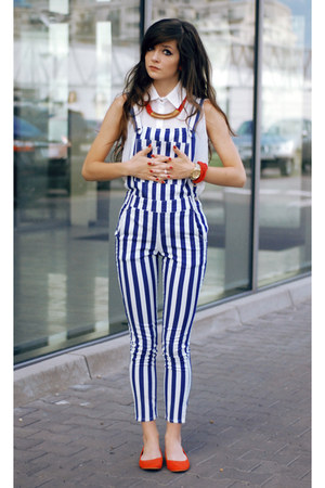 red street style H&M shoes - navy striped lulus pants