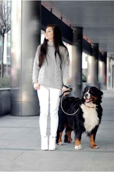 silver wool Sheinside sweater - white jeans Zara pants