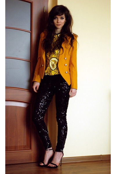 yellow print Choies blouse - black rocker H&M leggings - black retro Zara heels