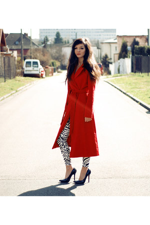 red long Sheinside coat - black leather Zara heels