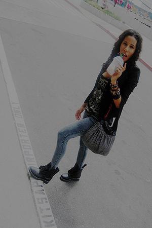 black H&M blazer - black Forever 21 boots - gray Marshalls jeans