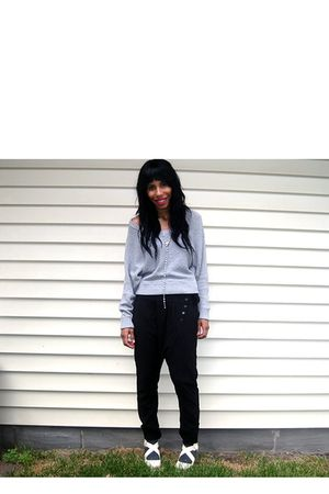 silver Helmut Lang sweater - black pepe pants - yellow Forever21 shoes