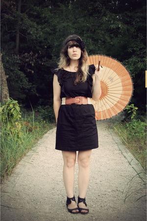 black kensie via idee geniale  delightful dozen dress - black Urban Outfitters s