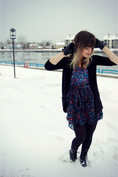 black BDG at urban outfitters cardigan - blue French Connection dress - black Je